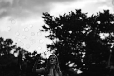Gwen BubblesB&W (1 of 1)